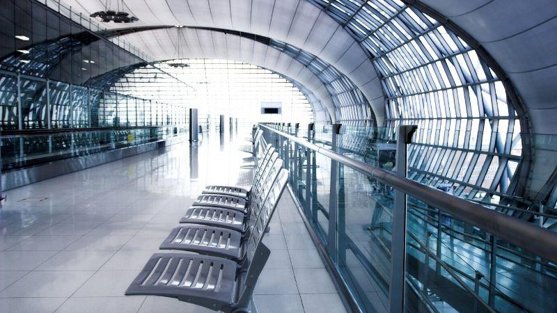 イギリスの空港での避難体験
